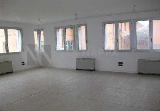 Montebelluna Centro: ufficio in affitto - La Mappa Agenzia immobiliare